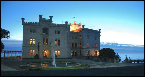 Castello di Miramare al Tramonto